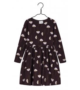 Mainio kleit / ploomililla
